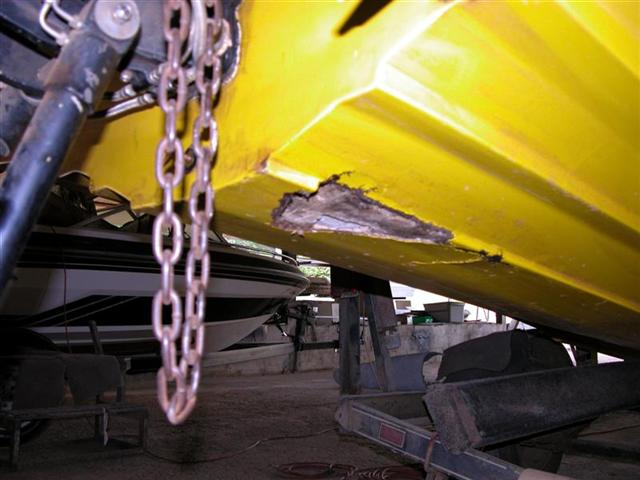 how to fix fiberglass boat hull